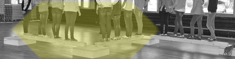 Teamtraining Erlebnispädagogik, Teamelemente Rendering | Hochkant - Hochkantig ERCA, IAPA